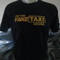 Kaos Mobil Fake Taxi (ar)