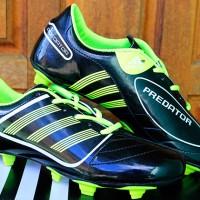Sepatu Bola Adidas Predator Classic Hitam Hijau Murah Terbaru