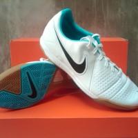 Sepatu Futsal Nike CTR360 Libretto IN Putih
