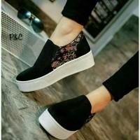harga sepatu kets sneakers poxing brukat slip on sol tebal good quality Tokopedia.com