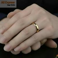 Cincin Pria Wanita Gold Kuning Emas Slim Polos Ring Couple Titanium