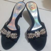 Sepatu pesta xml murah