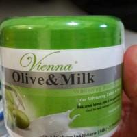 Jual vienna body scrub 250 gram ( olive and milk) Murah