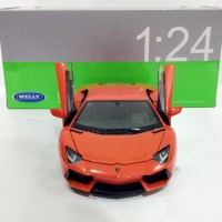 LAMBORGHINI AVENTADOR (ORANGE) - SKALA 1:24 - WELLY (DICAST-MINIATUR)