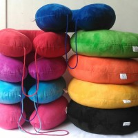 travel pillow / bantal leher yelvo tali
