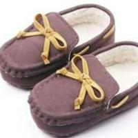 Sepatu - leather ribbon prewalker
