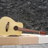 harga Gitar Junior 3/4 Warna Natural sudah ada Besi dalam neck Tokopedia.com