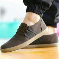 harga SUPER SALE ! Sepatu simpel best brand pria casual adidas hyper canvas Tokopedia.com