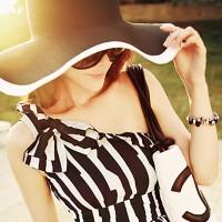 harga topi lebar / topi pantai / topi wanita / topi hitam putih / beach hat Tokopedia.com
