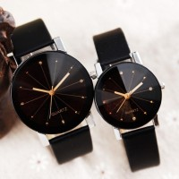 YBC 1 Pair of Couple Wrist Watch Casual PU Leather Round DialWatc