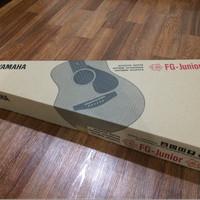 Yamaha FG Junior Gitar Akustik