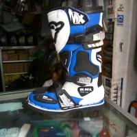 harga sepatu cross merk rnl Tokopedia.com