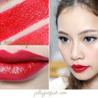 WET N WILD MEGALAST LIPSTICK STOPLIGHT RED/WET AND WILD/WNW LIPSTICK