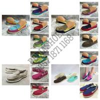 (GARANSI TERMURAH) Sepatu Casual Wanita Crocs Walu Women Original