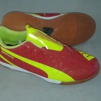sepatu futsal puma evo speed merah