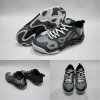 Sepatu Basket Under Armour Anatomix Spawn Low Black Hitam