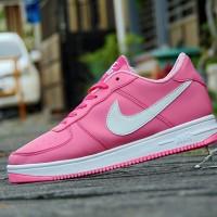 harga Sepatu Kets Casual Nike Air force One/Putih Pink/Sneakers Cewek Tokopedia.com