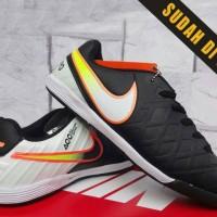 7540aeeee65 Sepatu Olahraga Futsal-Soccer Nike Tiempo Legend Hitam Putih Kw Super