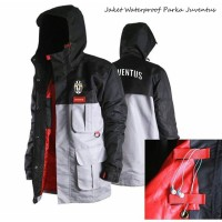 harga Jaket Parka Juventus Warna Hitam Putih Bahan Taslan Taiwan Tokopedia.com