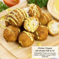 Chicken and cheese Bitterballen