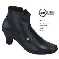 harga Sepatu Formal Boots High Heels Kulit Asli Wanita US 020 Hitam Tokopedia.com