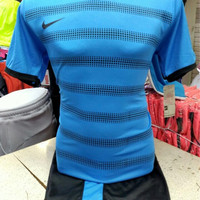 Setelan Jersey Bola Futsal Lokal Polosan Nike Line Biru Muda