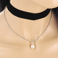 Kalung Choker Black Velvet Double Layer White Pearl KN68413