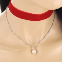 Kalung Choker Red Velvet Double Layer White Pearl KN68412