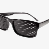 Kacamata terapi pinhole TP-01