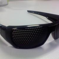 Kacamata terapi pinhole TP-06