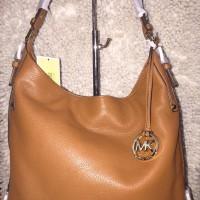 Michael Kors Bedford Belted LG Shoulder Tas Wanita Original O146