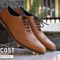 Sepatu Kulit Pria Azcost Wingtip Original Tan