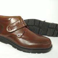 Sepatu Pria Kulit Crocodile Boot C05 Original