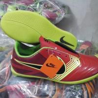 sepatu futsal nike gato merah