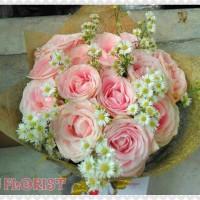 Handbouquet mawar Kado Hadiah Buat Pacar