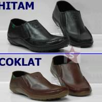 Sepatu pantofel casual / kickers k 099 / kulit