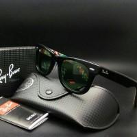 harga kacamata Rayban Wayfarer 2140 print abstrak ( miring ) Tokopedia.com