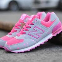 BN0104 Gray Pink New Balance 574 Women