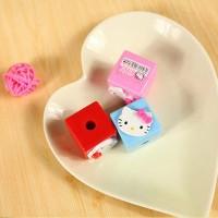 Rautan Pensil Berbentuk Kubus Motif Hello Kitty