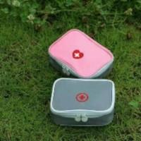Tas Pertolongan Pertama/ P3K/ First Aid Kit Outdoor Portable