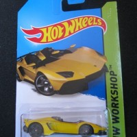 Hotwheels | Hot Wheels Lamborghini Aventador J Kuning hw