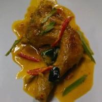 Ayam bakar khas Klaten + nasi uduk/biasa + sambal + kerupuk
