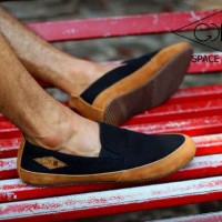 SEPATU GOODNESS SLOP SPACE BLACK 1