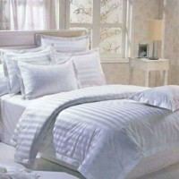 Bed Cover plus Sprei Hotel Bintang Lima katun Salur putih uk 180