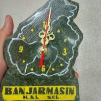 Jam batu aji motif pulau khas kalimantan selatan