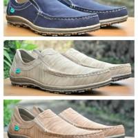Sepatu Casual SlipOn Kulit Pria Kickers / Sepatu Santai Slop Pria