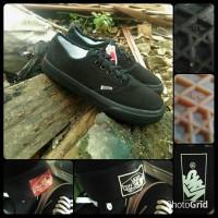 sepatu vans authentic full black