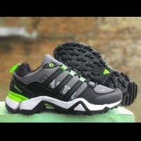 harga ADIDAS TERREX FAST sepatu sport. outdoor. traveling buat pria Tokopedia.com