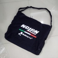 Tas Helm dengan logo Nolan