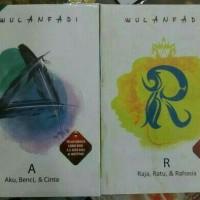 1Set Novel A dan R (Aku Benci & Cinta dan Raja Ratu & Rahasia) 2Buku